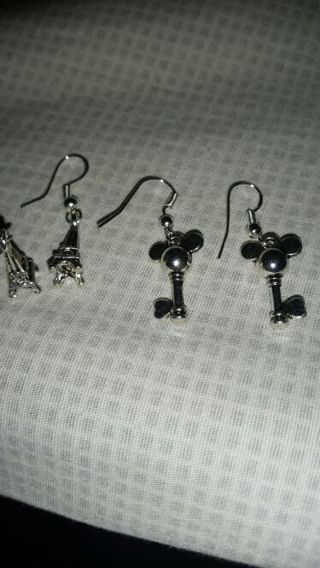 """""""Brand new"""" 2 pairs silver tone 1/2 inch earrings"""