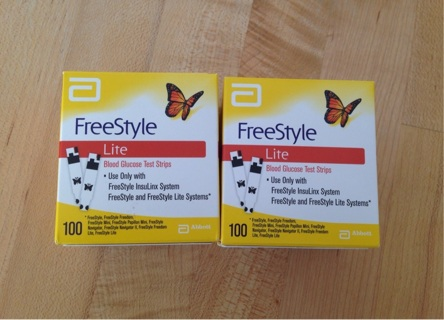 200 FreeStyle Lite Blood Glucose Test Strips Exp 02/2017 + Bonus Lancet Lot Free Shipping