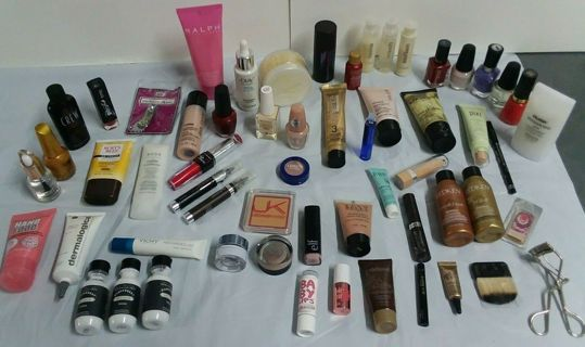 55 Piece Hi-end Beauty Makeup Lot!! WOW
