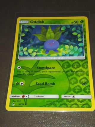 ODDISH HOLOGRAPHIC POKEMON MINT CONDITION CARD