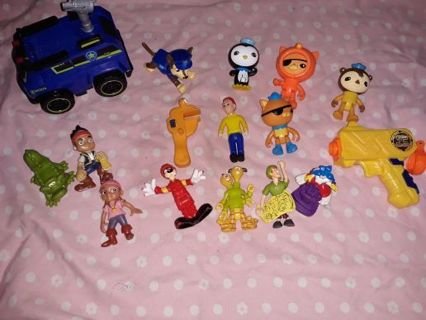 Toy lot # 4