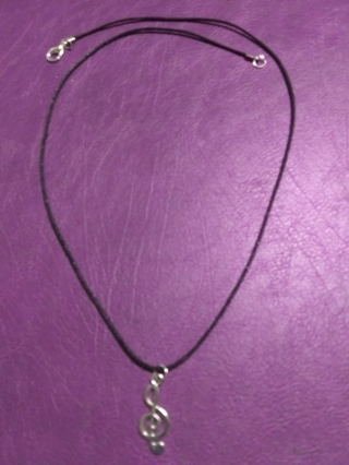 New! Tibetan silver silver music note clef necklace