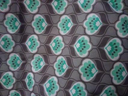 Half Yard: Posies Gry Fabric