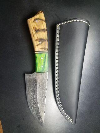 "8"" Damascus Steel Knife Walnut Burned Wood Handle Very Sharp!"