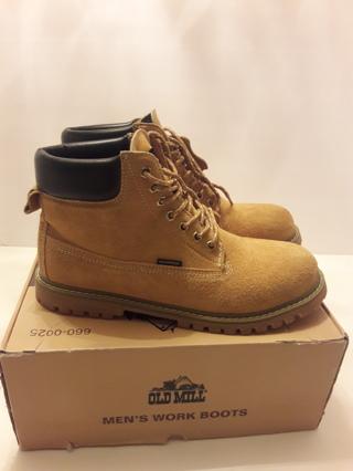 "Men's Work Boots ""EUC"""