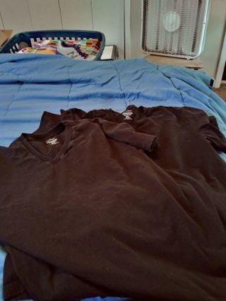 2 men calvin Klein black t-shirts size L
