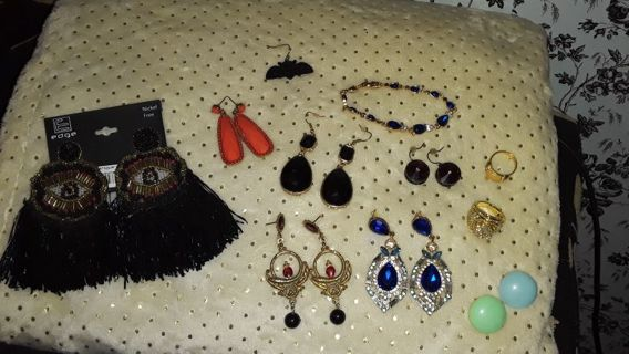 Jewelry lot!