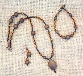 Brown & bronze Necklace set