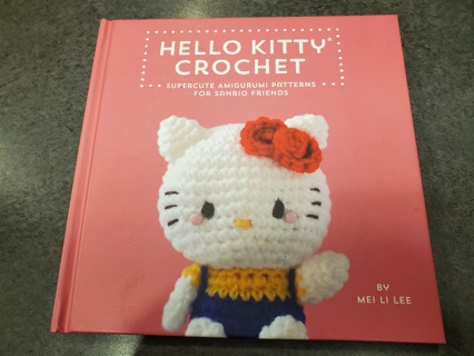 Hello Kitty Crochet: Supercute Amigurumi Pattern book