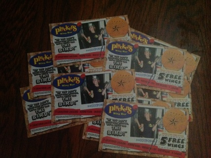 10 Coupons 5 Free Wings from Pluckers (5 select Texas Locations)
