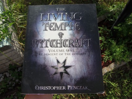 THE LIVING TEMPLE of WITCHCRAFT Volume 1 ☽✪☾ Wicca Witchcraft Spells Magick Witch Lessons Workbook