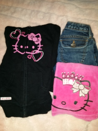 FREE SIPPING..girls lot size: 6 HELLO kitty hoody & pink pants, gapKIDS denim jeans