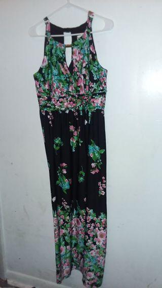 Women long dress size L by Emma& Michele