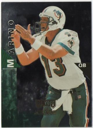 1998 Playoff Momentum Hobby - Dan Marino - Dolphins