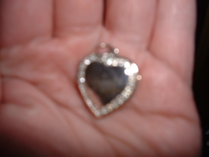 **26 CZ**ENCHANTED HEART LOCKET!(great v-day gift)