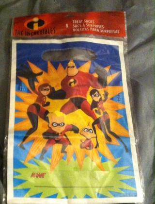 Sealed-The Incredibles/Treat Sacks-Read description before bidding