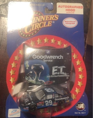 Kevin Harvick 1/64 Die-Cast Goodwrench Service Plus #29