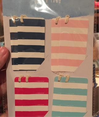 8 paper tags