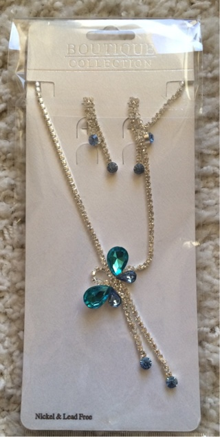 New Turquoise Butterfly Necklace And Earrings Set
