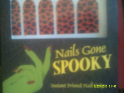 ~~~~**  NAILS GONE SPOOKY **~~~~
