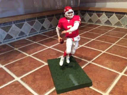 MATT CASSEL MCFARLANE Sports Picks NFL Football Action Figure KANSAS CITY CHIEFS