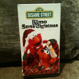 Elmo Saves Christmas.Free Sesame Street Elmo Saves Christmas Vhs Other Dvds