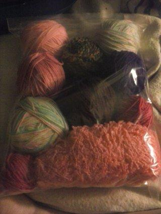 Big Bag of Scrap Yarn!!