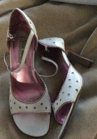 """Pink and White size 8 2-3""""Heels"""