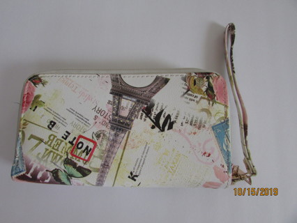 NEW- Large Travel Wristlet w/ Tons of Storage Slots