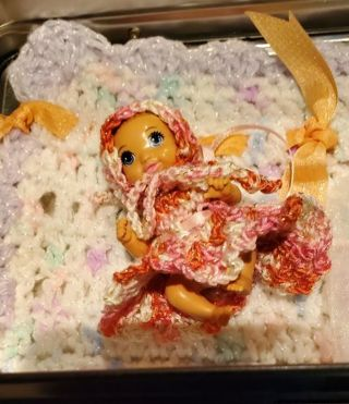REDUCED☆☆BARBIE BABY IN SMALL LUNCH BOX
