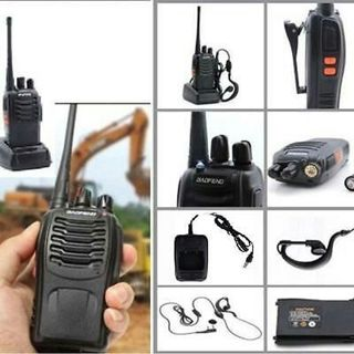 Walkie Talkie UHF 400-470MHZ Portable Ham 2-Way Radio US Charger+Earpiece