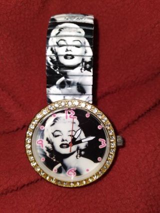 Excellent condition Marilyn Monroe watch Free shipping