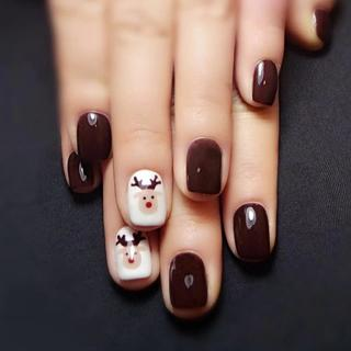Yunail 24 pcs Oval Fake Nails Short Elk Nail Design Tips with Solid Coffee White in acrylic box un