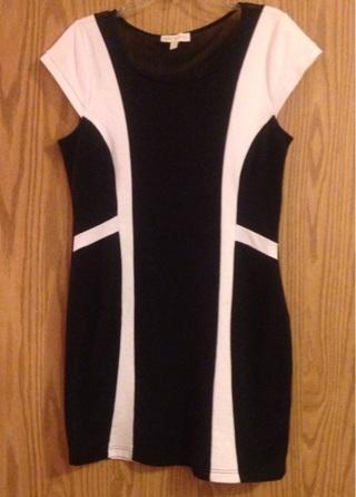 Black and white Nicki Minaj dress