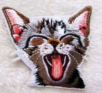 1 NEW Cute Kitty Cat IRON ON PATCH Adhesive Clothing Accessory FREE SHIPPING