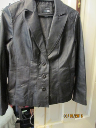East 5th-Geniune Leather, Fall Blazer Jacket Size Petite, Med,