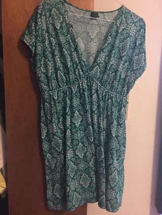 Knee length dress, Comfortable, Casual , size 16-18