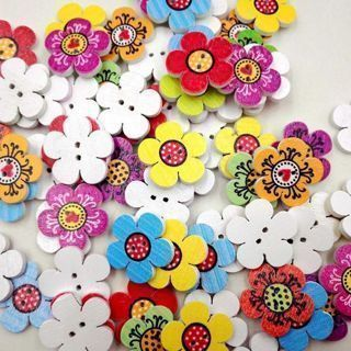 50PCs Flower Shaped Wooden Buttons Scrapbooking 2Holes Mixed Wood Sewing Buttons