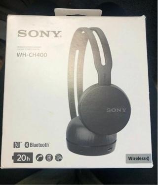 Sony 20 hours playback Wireless Bluetooth NFC On-Ear Headphones Mic Handsfree Lightweight