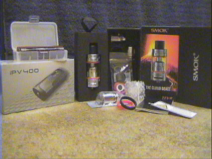 VAPE 200 WATTS IPV PIONEER 4 YOU AND SMOK TFV8 THE CLOUD BEAST SUB OHM TANK KIT MOD STARTER SET