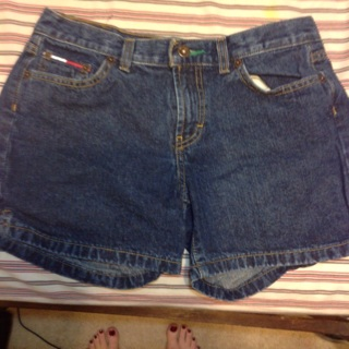 Tommy Hilfiger shorts in size 9