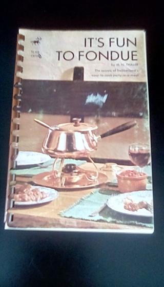 Its Fun To Fondue (1971- 14th printing)