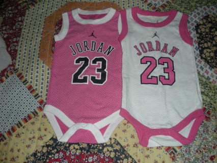 78cc98a5cee811 Free  Baby girl Jordan outfits