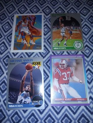 Lot of 4 sports cards LOT C