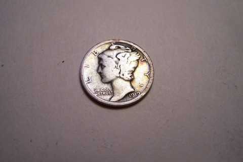100 Years Old!  Silver 1919 Winged Liberty Head Mercury Dime