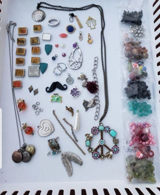 ☆☆Craft/charm/bead/jewelry lot☆☆