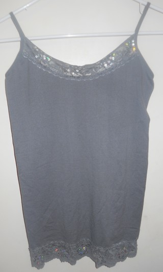 NEW WITH TAGS JRS SIZE MEDIUM/LARGE GREY SPAGHETTI STRAP SHIRT WITH LACE
