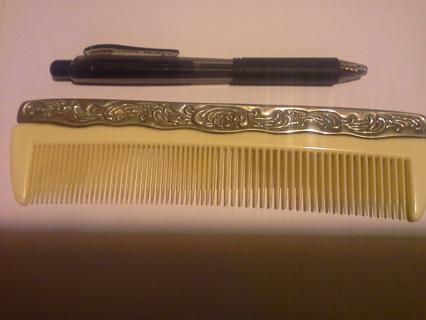 Metal/Plastic Comb