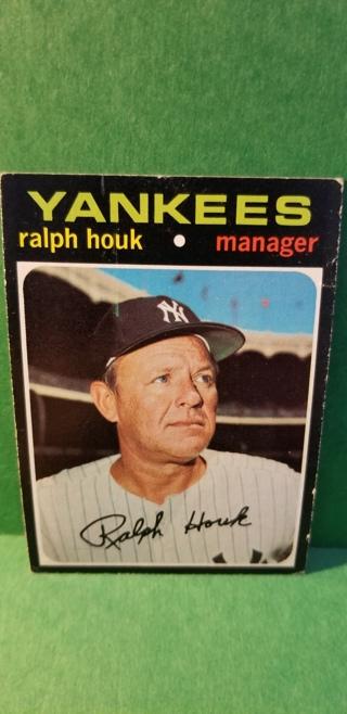 1971 - TOPPS EXMT - NRMT BASEBALL - CARD NO. 146 - RALPH HOUK - YANKEES