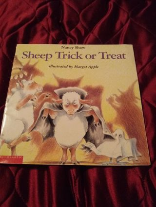 Children's Scholastic Book Sheep Trick Or Treat